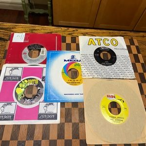 LOT OF. 45 RPM RECORDS 5 PIECES. #4